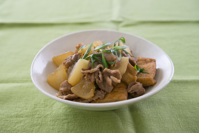 ボリューム満点!! 「大根と豚肉・厚揚げの炒め煮」
