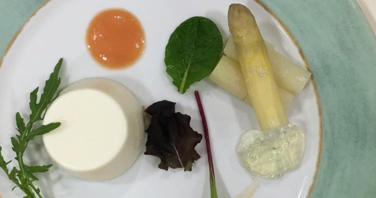 ホワイトアスパラガスのブランマンジェ