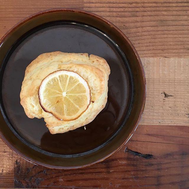 レモンのスコーン
