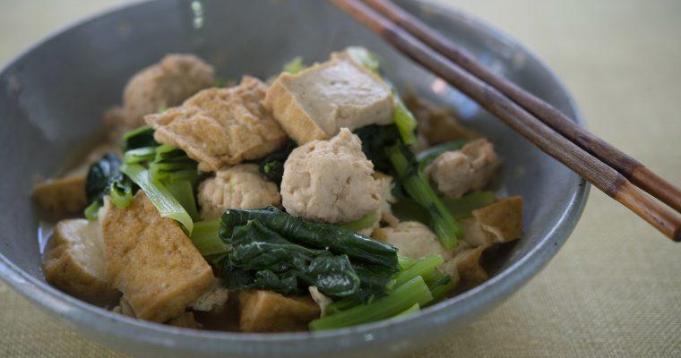冬の食卓にもう1品「小松菜と厚揚げひき肉の煮びたし」
