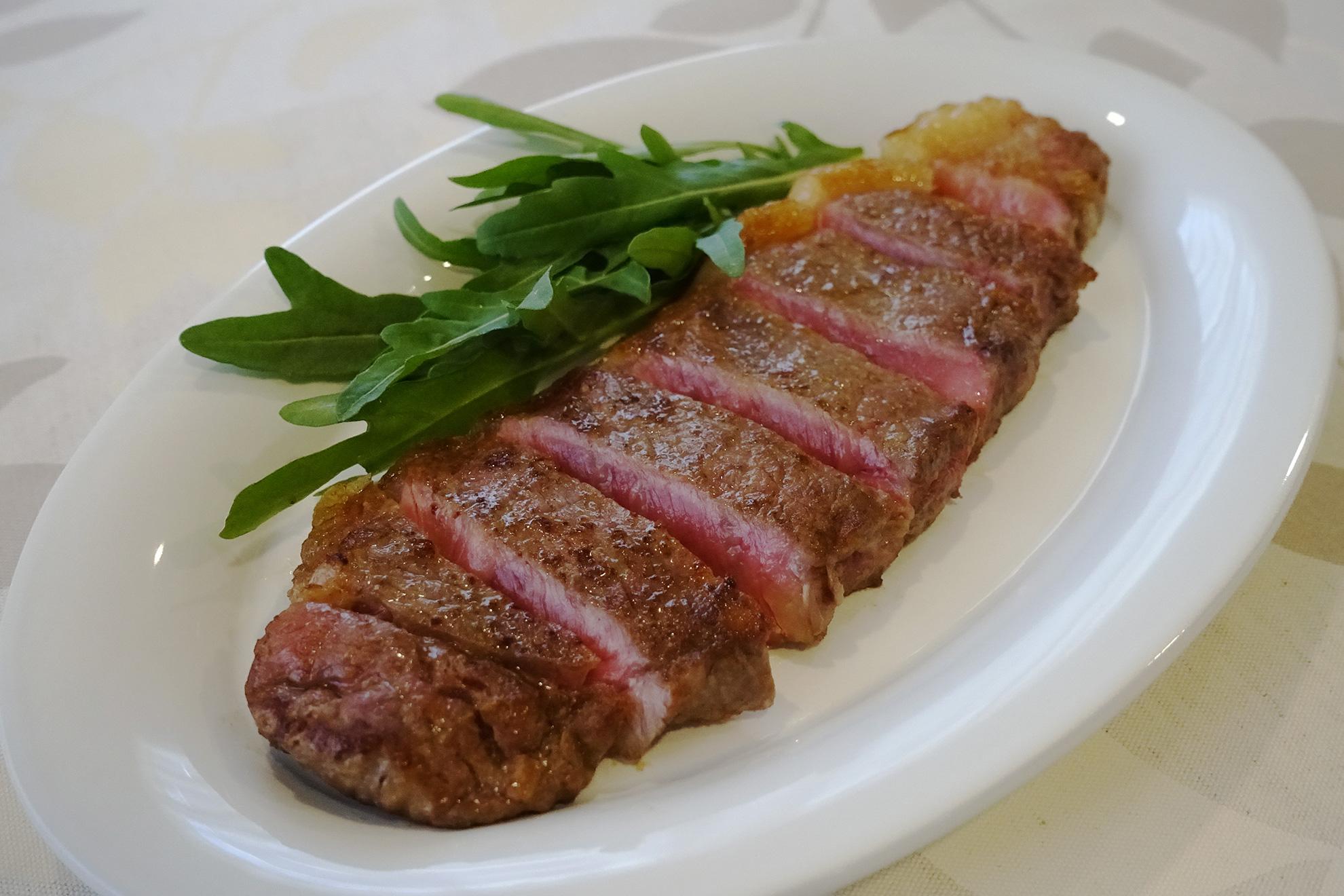 目からウロコの「おひとり様ステーキ」の焼き方