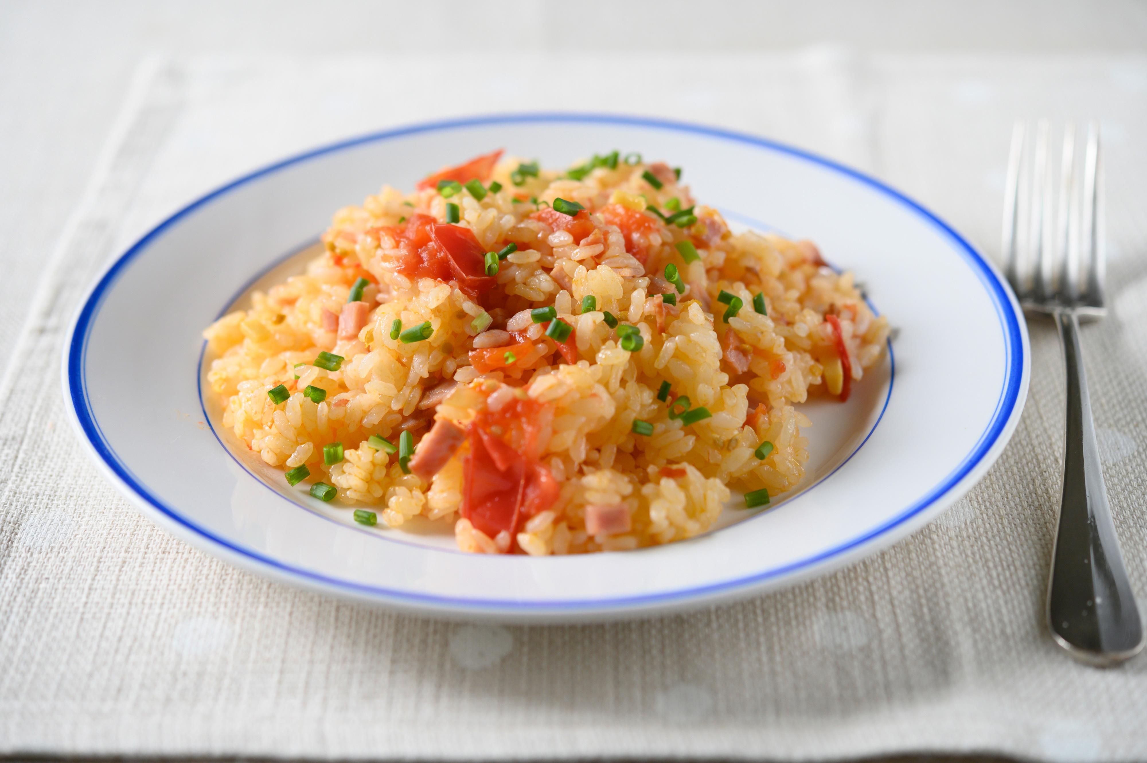 トマト料理の残りタネを使った「簡単!トマトライス」