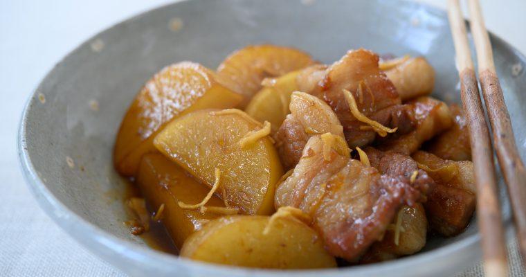 おいしくなった旬の大根を使って「大根と豚バラ肉の煮物」