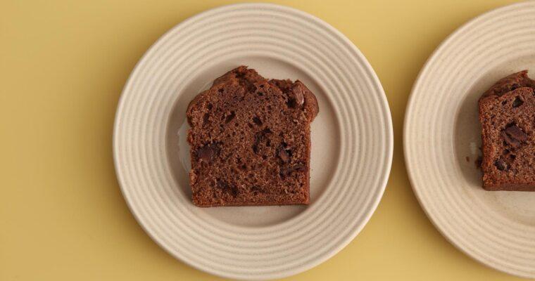 お菓子ボックスに何を入れようか。おすすめがありすぎて迷っちゃう。3週連続で配送なので毎週変えちゃおうかと。#藤野貴子 #fujinotakako  #theシンプル焼き菓子 #poundcake #パウンド #パウンドケーキ #チョコレートパウンド (Instagram)